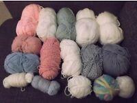 Loads of part used wool / yarn