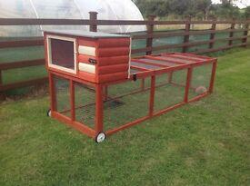 Quality pet enclosures bird aviaries/rabbit runs/ hen/chicken coops