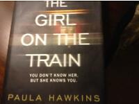 THE GIRL ON THE TRAIN. - Hard Back