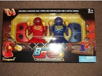 Brand New Boxer Bot - 2 Infra Red Controllers & Battle Arena