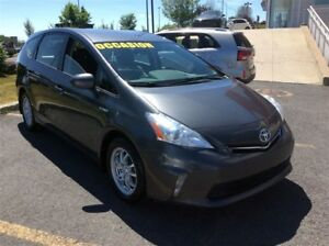 2013 Toyota Prius v NEW ARRIVAGE CAMERA  MAGS Base