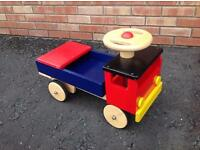 🎄Traditional style colourful wooden sit on / ride on toy truck - good condition 🎄
