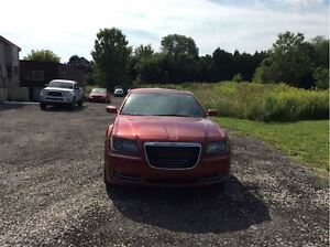 2012 Chrysler 300 S V6 - Managers Special London Ontario image 4