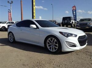 2014 Hyundai Genesis Coupe Premium | Heated Leather | Backup Cam