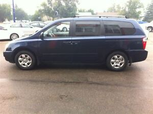 2006 Kia Sedona Rear DVD Entertainment