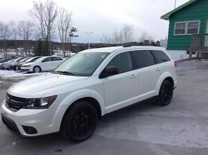 2015 Dodge Journey BLACK EDITION WITH FULL POWER OPTIONS AND LOT