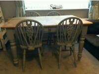 Beautiful pine farmhouse table with cutlery drawer and 4 chairs
