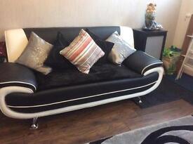 Sofa set for £435