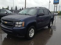 2011 Chevrolet Avalanche LS 4x4- 1 owner