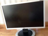 "LG Flatron 19"" Computer Monitor"