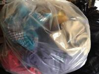 2 free bags of children's clothing and footwear