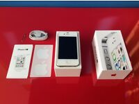 Apple iPhone 4s - 8GB - White (Unlocked) Smartphone Excellent Condition with charger