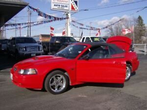 2003 Ford Mustang GT CONVERTIBLE V8 .. 5 SPEED !!