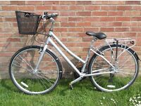 **BRAND NEW** CLAUDE BUTLER CLASSIC Ladies Touring Bike - cash on collection from Gosport Hampshire