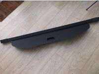 Ford S-Max retractable parcel shelf