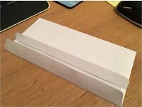 Envelopes Size DL (110 x 220mm) standard 80 gsm white paper envelopes.
