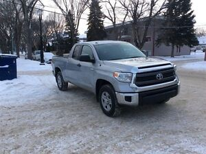 2014 Toyota Tundra SR -FREE WINTER TIRE PACKAGE ON THIS UNIT!