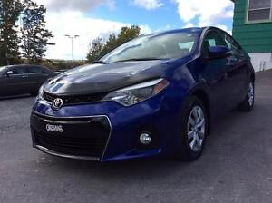 2014 Toyota Corolla SPORT MODEL WITH LEATHER INSERTS - IMMACULAT