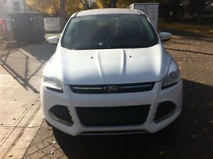 2013 Ford Escape SE CLEAN 100% APPROVED Edmonton Edmonton Area image 2