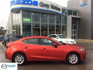 2014 Mazda MAZDA3 GS-SKY, Heated seats, Bluetooth, Nav ready, Lo