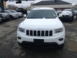 2014 Jeep Grand Cherokee Laredo | Push Button Start | Bluetooth  Edmonton Edmonton Area image 3