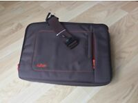 13 inch Laptop Jacket Sleeve, Soft lining in MINT condition..