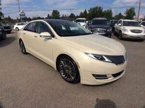 2014 Lincoln MKZ / 3.7 / AWD / PANO ROOF / ALL OPTIONS
