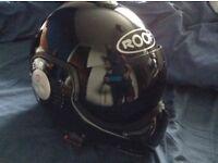 Roof Boxer V8 Motorcycle Helmet Biker Bike Motorbike Medium 58cm