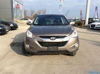 2012 Hyundai Tucson Limited leather all wheel drive!