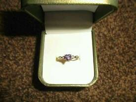 9CT WHITE GOLD DIAMOND AND AMETHYST RING