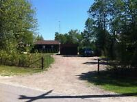 ALCONA HOUSE ON THE LAKE!! 90 X 190 FT. LOT ON THE WATER!!