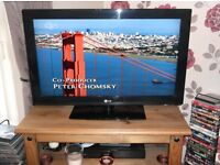 FOR SALE LG 32in LCD TV FULL HD NOT DVD CAR BIKE