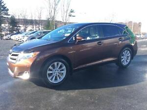 2014 Toyota Venza XLE AWD - FRESH OFF LEASE!
