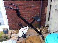 Fox Hunter foldable exercise Bike