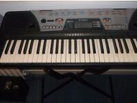 yamaha psr-175 keyboard with stand