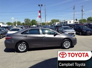 2015 Toyota Camry LE BLUETOOTH REAR CAMERA LOW KM'S