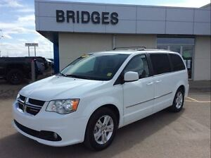 2016 Dodge Grand Caravan CREW**Leather/Pwr sliding doors and muc