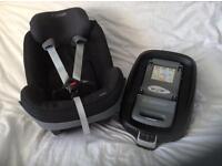 Maxi-cosi familyfix base and Pearl car seat