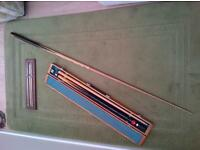 snooker cue and case with extras