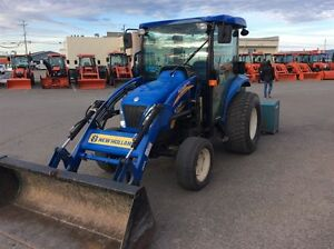 2011 New Holland BOOMER 3045 Tracteur