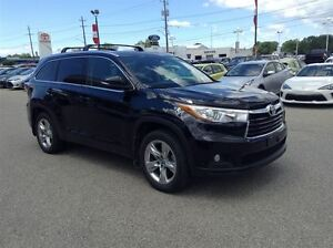 2016 Toyota Highlander LIMITED--AWD--LOW KM'S--BSM--HEATED-COOLE