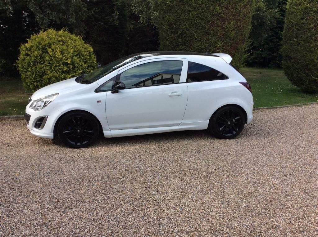 Vauxhall Corsa Limited edition only 32,000 miles