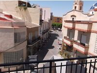 Fully furnished 3 bedroom Apartment in Catral Alicante Spain overlooking plaza square