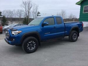 2016 Toyota Tacoma ACCESS CAB TRD OFF ROAD 4X4 - SINGLE OWNER, D