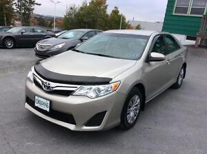 2014 Toyota Camry LE PACKAGE - FANTASTIC SAVINGS!