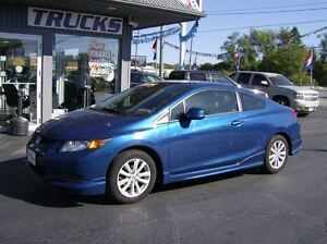 2012 Honda Civic SHARP LITTLE CAR !!! WE FINANCE !!