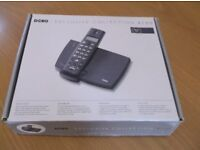 DORO * EXCUSIVE COLLECTION * X 100 TELEPHONE NEW * BOXED