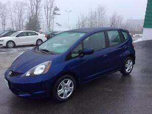 2013 Honda Fit 5DR AUTO WITH AIR CONDITION!