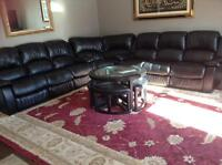Corner couch & coffee table