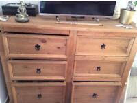 Corona chest of drawers